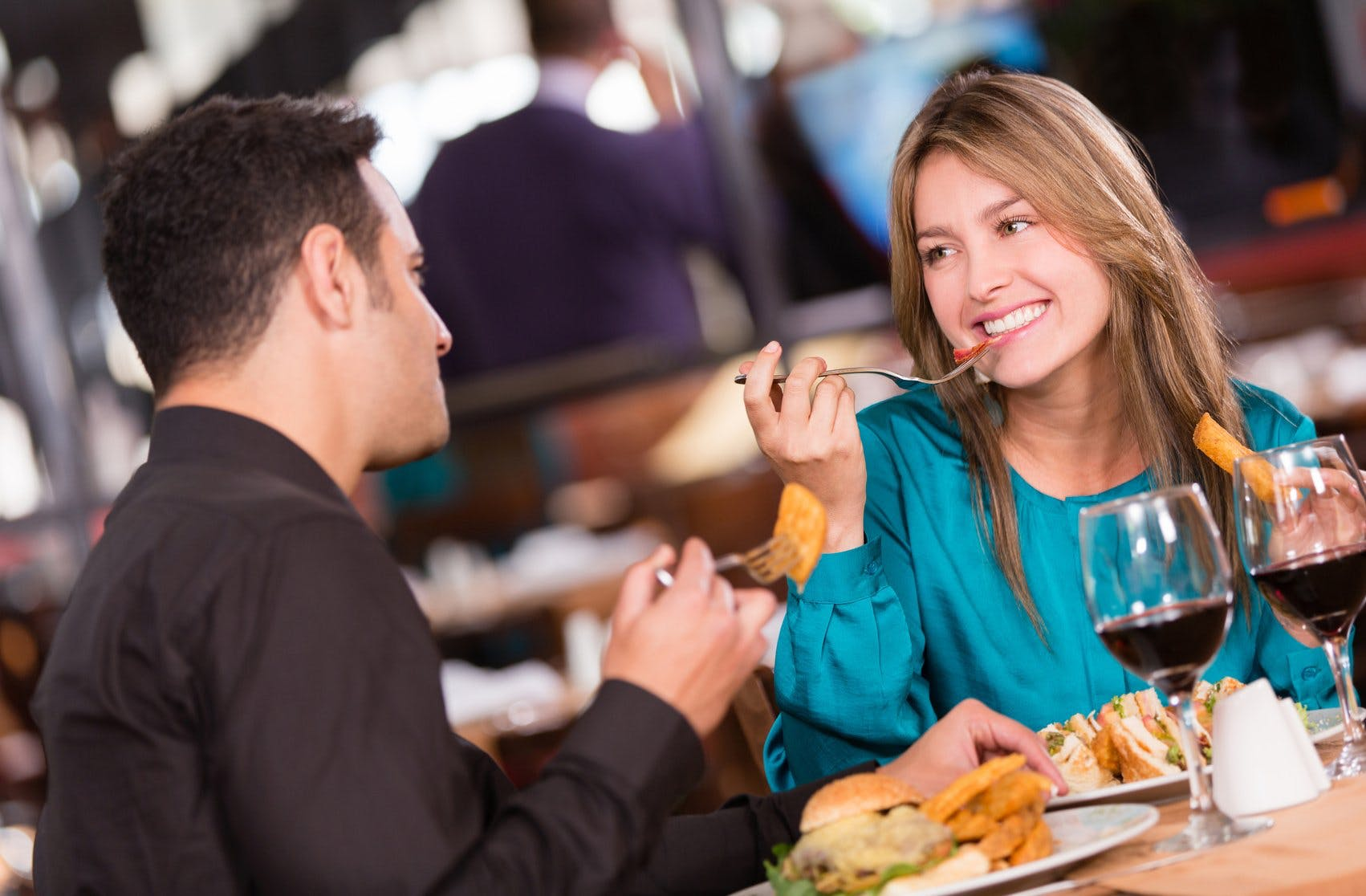 What Every Man Should Avoid on the First Date