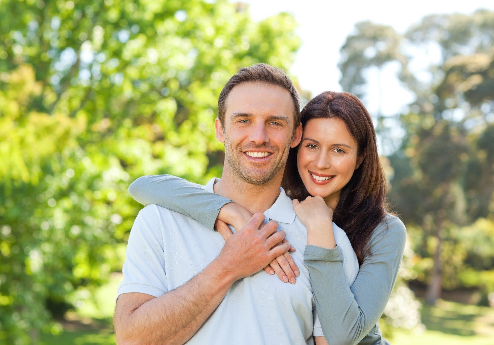 Online Dating neuvoja punertava