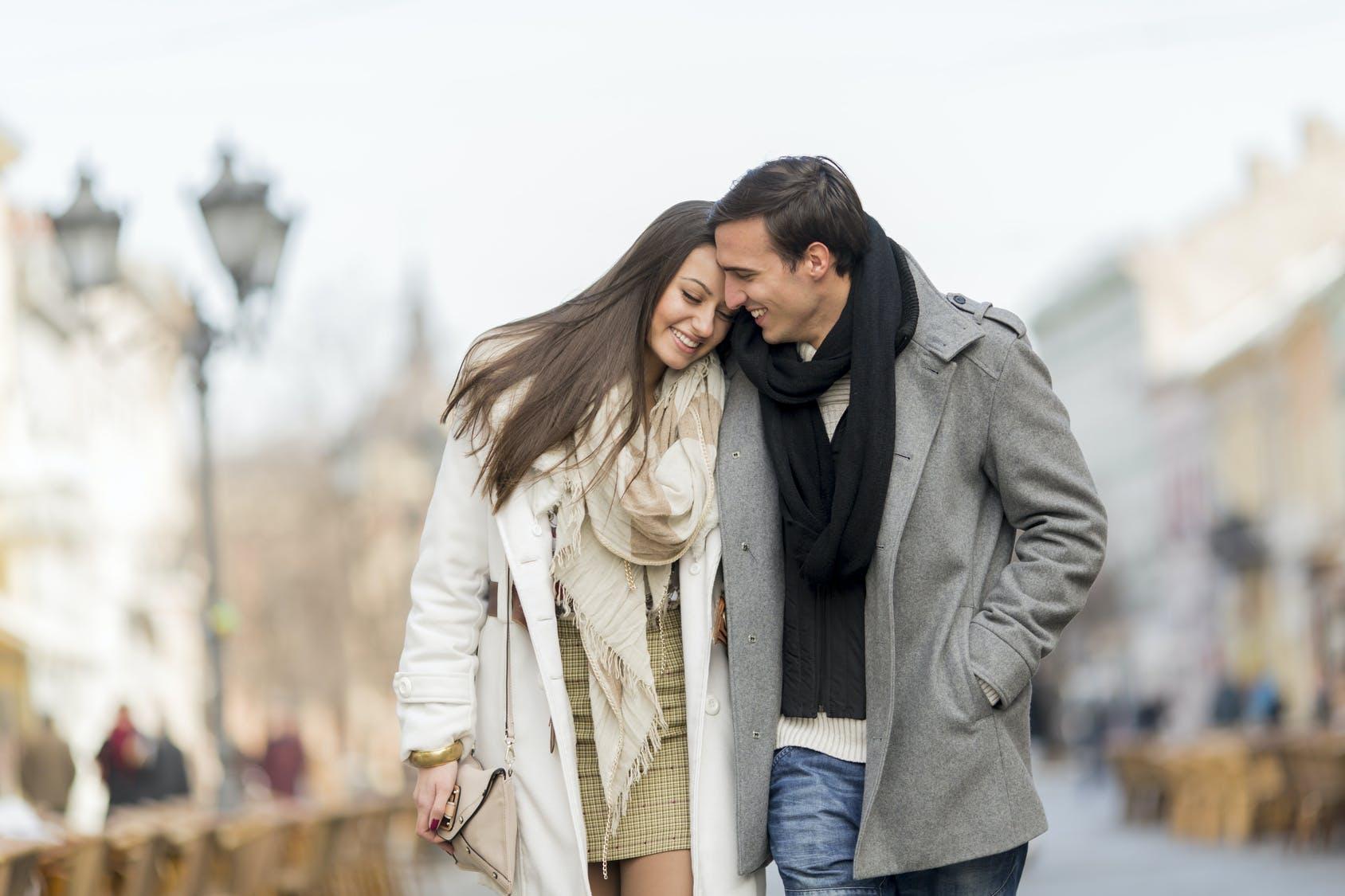 αστεία άρθρα σχετικά με το online dating