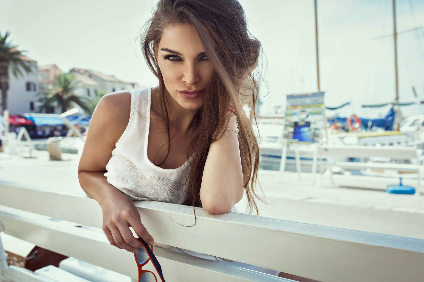 Dating Younger Woman Po Ločitev Made Easy