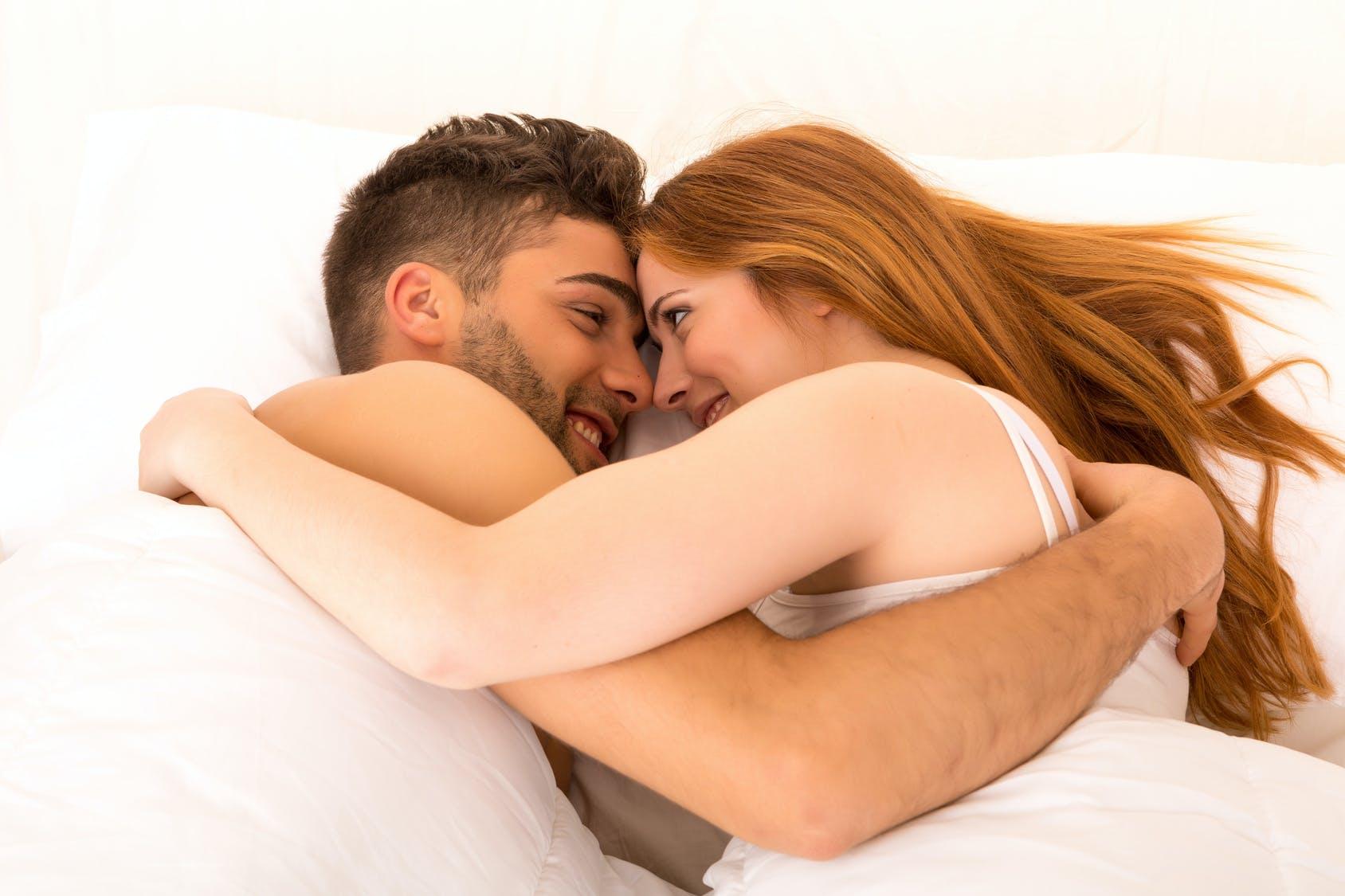 Как возбудить девушку во сне