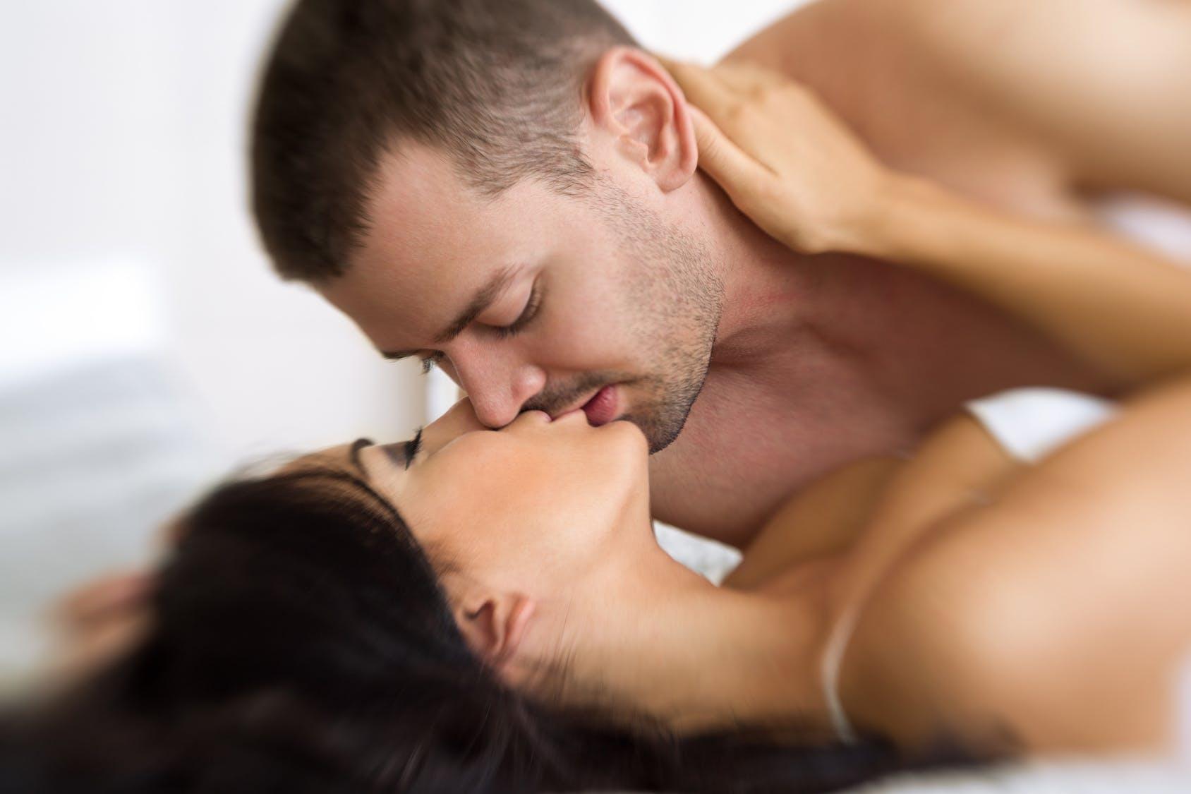 Любовьи секс онлайн